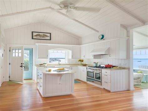 beach house decorating ideas kitchen small beach cottage kitchen design ideas small beach