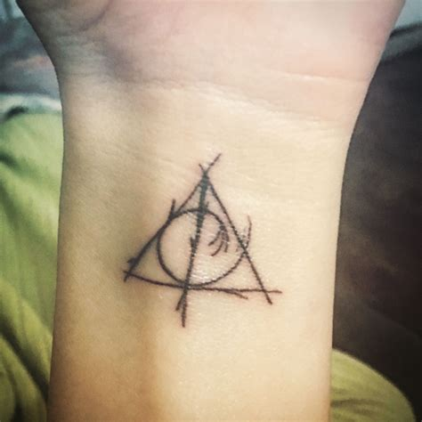 deathly hollows tattoo deathly hallows deathly