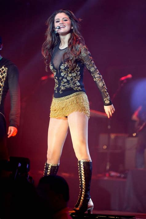 Bounces Back Out Of Rehab by Selena Gomez Bounces Back From Rehab With Sultry Show In