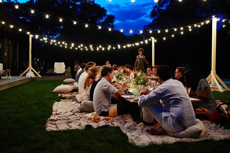 outside party how to host the perfect dinner party on any budget