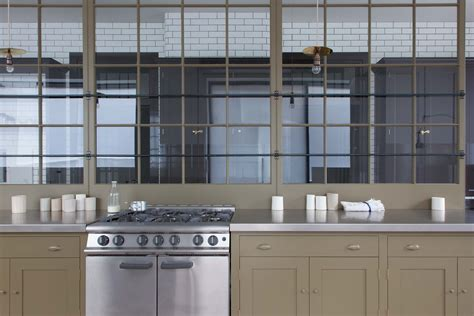 plain english marylebone showroom the spitalfields plain english handmade kitchens