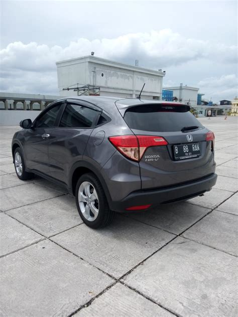 Honda Hrv 1 5 E Cvt hr v honda hrv all new 1 5 e cvt 2016 grey km 1000
