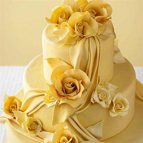 Wedding Cake Yellow Roses by Yellow Roses Wedding Cake A Wedding Cake