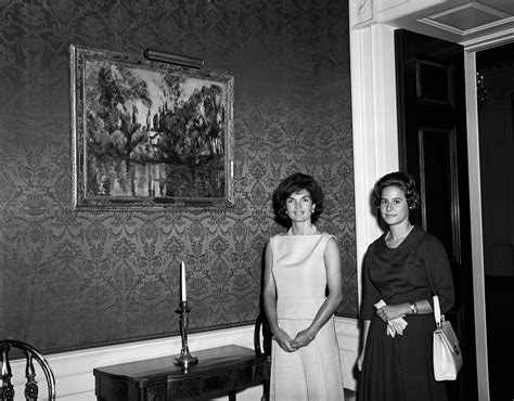 kn c21506 first lady jacqueline kennedy s bedroom white kn 18215 first lady jacqueline kennedy and philippa