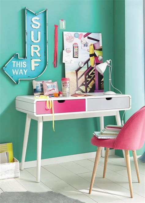 bureau pour enfant 25 best chambres fille images on bedroom