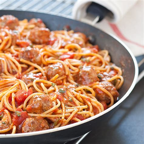 America S Test Kitchen Meatballs by Weeknight Spaghetti And Meatballs Cook S Country