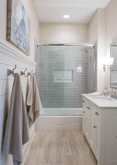Towel Niche   Contemporary   bathroom   Art Haus