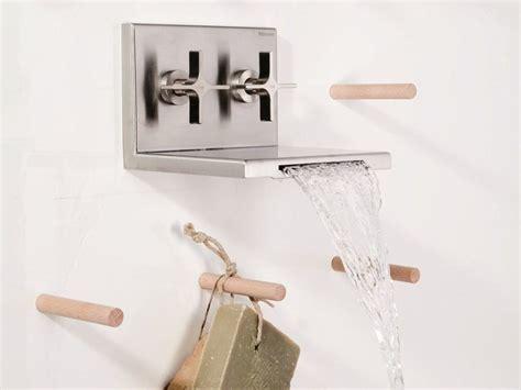 rubinetto a muro per lavabo rubinetto per lavabo a cascata a muro waterblade