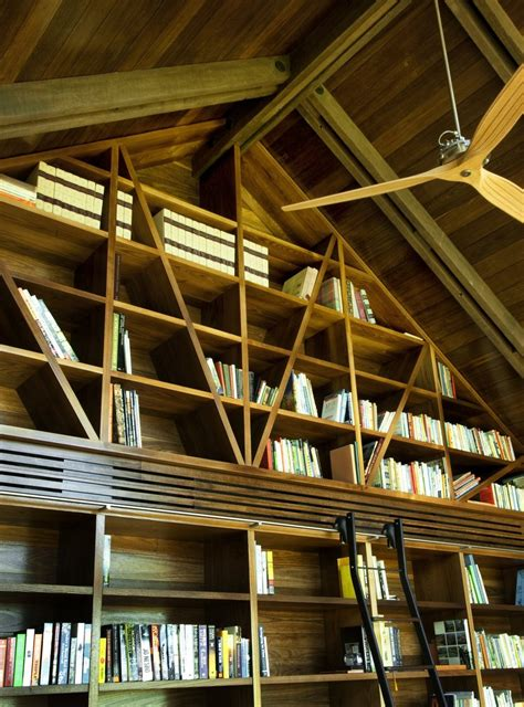 dramatic ceilings and glass walls define jamberoo farm
