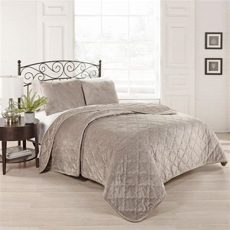 taupe coverlet king beautyrest collette 3 piece light taupe king coverlet set