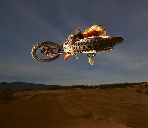 redbullktm supercross takiminin sueper fotograflari
