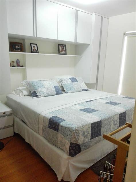 habitacion pequena  cama king side  ropero de cabecera