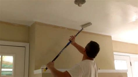 How To Paint Between Ceiling And Wall by How To Paint Ceilings In 10 Minutes