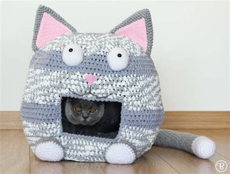 crochet cat bed pattern crochet cat bed cave kitty kat house t shirt yarn