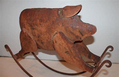 Mainan Finger Board Besi Finger Boar Metal rocking painted folk pig metal sculpture for sale at 1stdibs