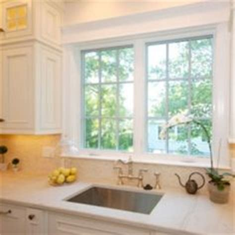 kitchen window trim 1000 images about casing crown molding floor boards on
