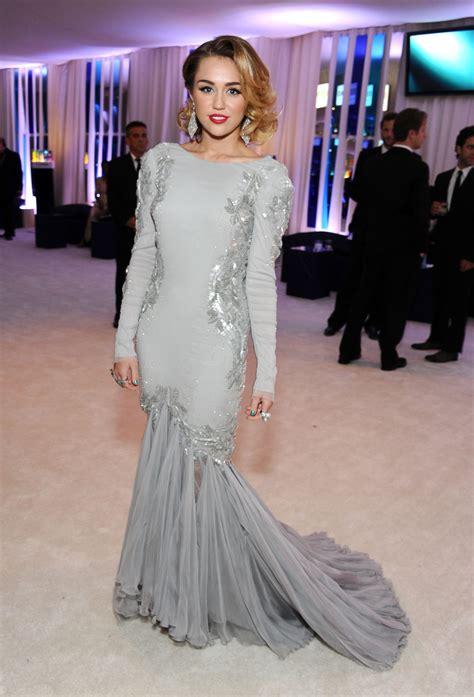 Oscars Carpet Miley Cyrus by Oscar Fug Carpet Miley Cyrus Go Fug Yourself Because