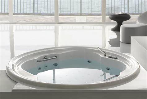 round bathtubs round bathtub acrylic whirlpool ninfa gruppo treesse round