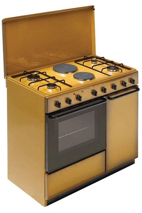 cucina a gas bombola bompani bi941eb l cucina con porta bombola di 90x60
