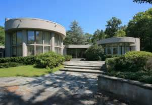jersey house whitney houston s new jersey house back on the market for