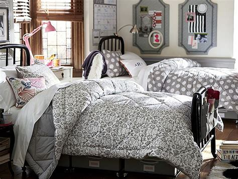 college dorm bedding 155 best dorm room ideas images on pinterest bedroom