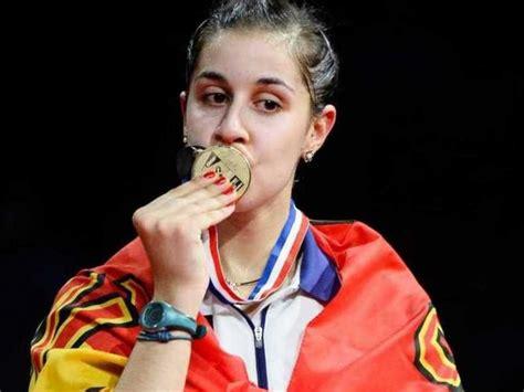 Kmhouseindia Saina Nehwal India Loses To Carolina Marin Spain At All Chionship