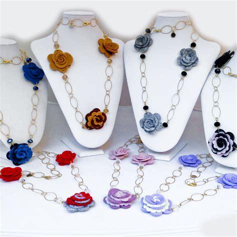 collane di fiori clipsonline collana con fiori in feltro