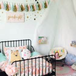 Age Into Toddler Bed 17 Best Ideas About Toddler Reading Nooks On