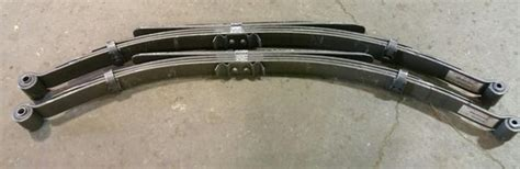 ford mercury car leaf springs oem heavy duty lifted ford f150 2004 2008 rear leaf spring oem pair carrier