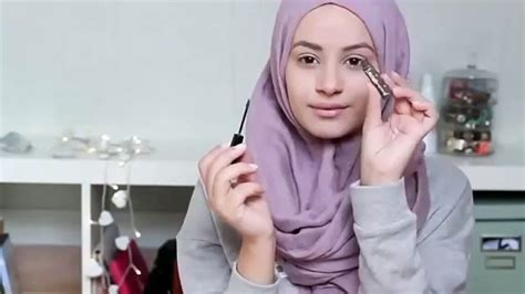 video tutorial make up natural hijab tutorial make up simple untuk hijab saubhaya makeup