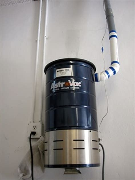 Ducted Vaccum do you a ducted vacuum cleaner system or do you use an upright or ordinary vacuum answer
