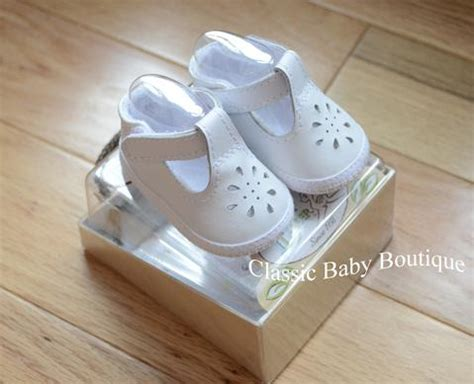Baby Deer Crib Shoes Baby Deer White Leather T Crib Shoes Preemie Newborn 3 6 9 Classic Baby Boutique