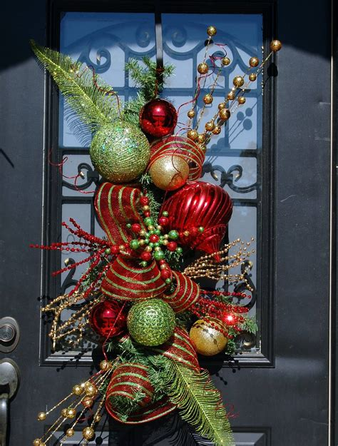 20 christmas door decorations ideas for this year
