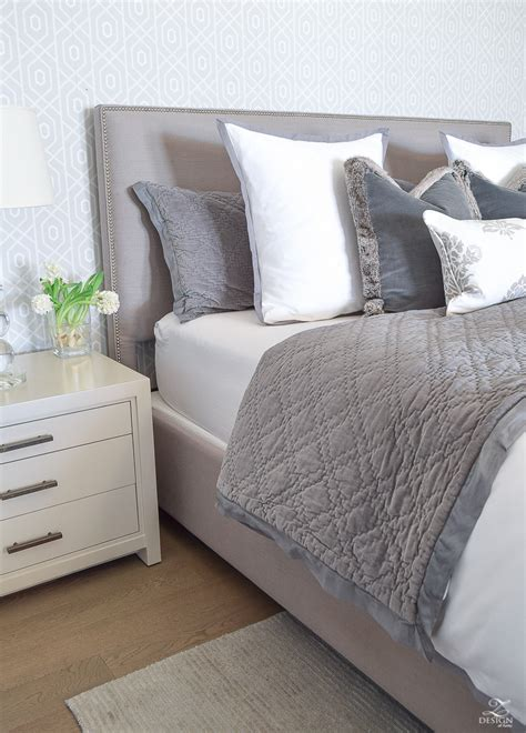 bedding and pillows 6 easy steps for making a beautiful bed zdesign at home