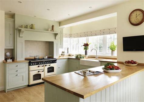 sage and cream shaker style kitchen kitchen decorating housetohome co uk 25 best ideas about range cooker on pinterest range