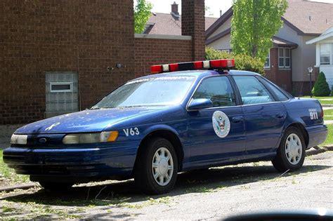ford taurus cop car by jdawg9806 on deviantart