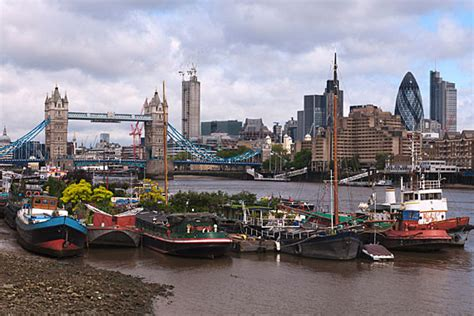 house boat london photograph of tower bridge and houseboats 1 london photos
