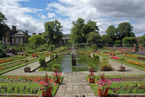 kensington garden the duke duchess of cambridge have moved into kensington