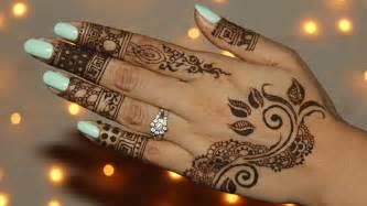 henna se planquer