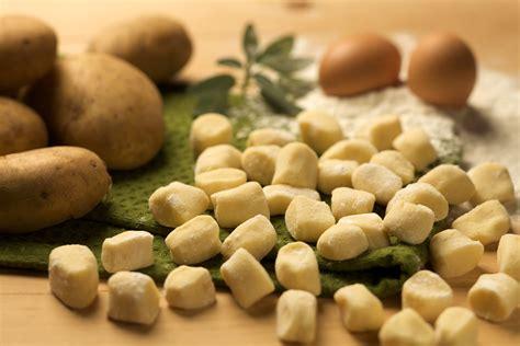 come cucinare i gnocchi di patate gnocchi di patate tutti i segreti cucina