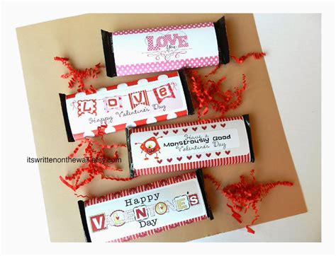 12 valentine day it s written on the wall 12 valentine s day candy bar