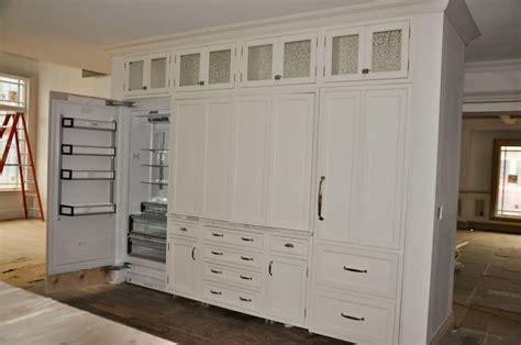 sw dover white kitchen cabinets sw dover white kitchens
