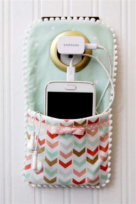 diy pattern holder easy diy phone charger holder origin 225 ln 237 vlastnoručn 237