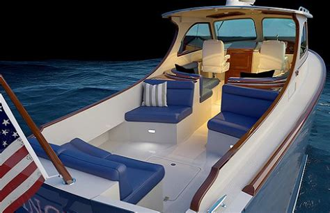 hinckley picnic boat weight hinckley yacht news reviews and features yachtforums