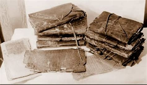 the nag hammadi library the history and legacy of the ancient gnostic texts rediscovered in the 20th century books les manuscrits de nag hammadi du pr robinson