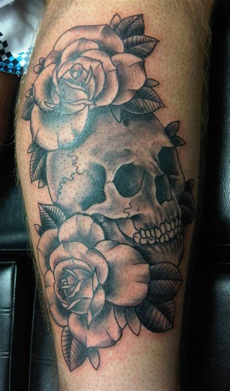 skull amp roses black amp white tattoo tats pinterest