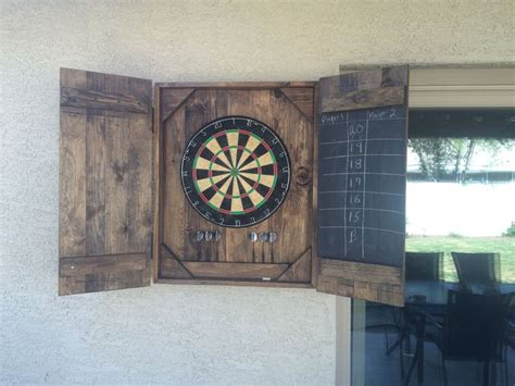 cool diy dart board case diy home decor bedroom dart