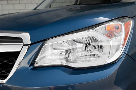 subaru forester headlights 2014 subaru forester headlight detail photo 15
