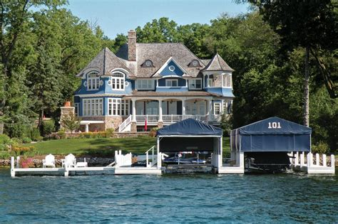 wisconsin lake home