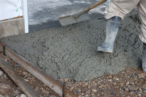 How To Lay Base For Shed by Lay Concrete Pour And Finish Concrete Slab For Storage Sheds